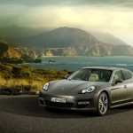 2012 Porsche Panamera Turbo S brand new images